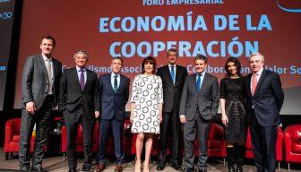 """""""Economía de la Cooperación"""": Los desafíos y beneficios de la asociatividad en Chile"""