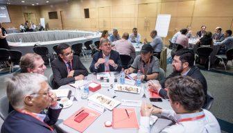 IV Jornada Bipartita: Dirigentes sindicales y gerentes de empresas se reúnen a conversar en ICARE