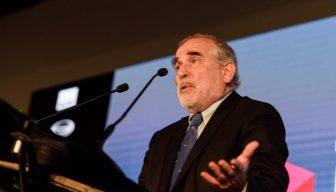 """""""Equilibrar"""" donaciones a universidades: la propuesta del senador Montes"""