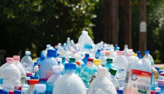 Estado de la contaminación con plástico: 1 millón de bolsas se usan por minuto
