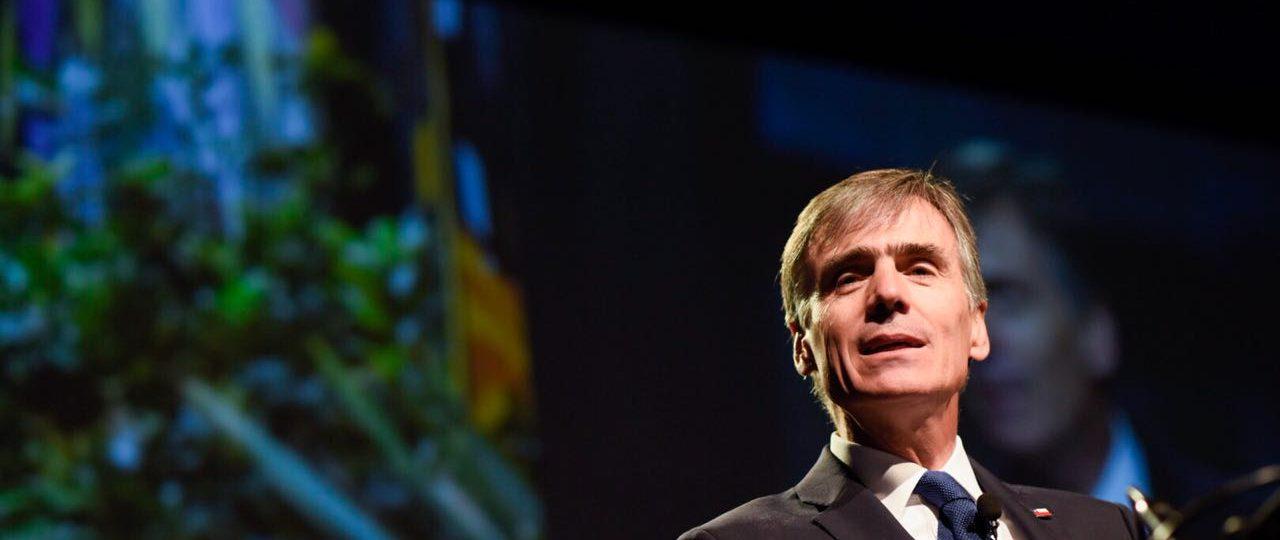 """Ministro Valente (Economía) en ICARE: """"Las metas se están cumpliendo"""""""