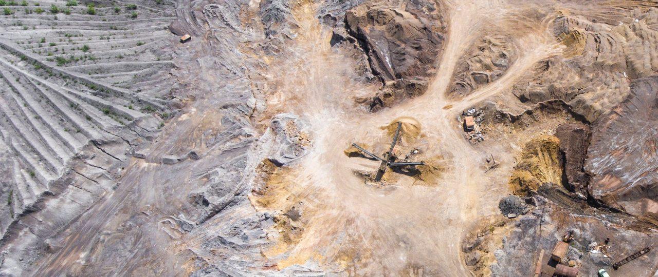 Reporte EY · Satisfacer las demandas del accionista en el sector minero