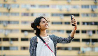 """Adolescentes online: 45% dice estar conectado """"casi constantemente"""" en EEUU"""