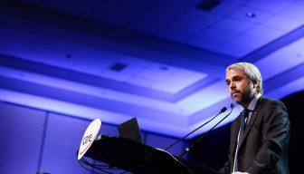 Ministro Gonzalo Blumel llama a la unidad en acuerdos nacionales para cultivar la democracia