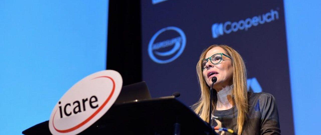 """Isabel Plá: """"Se debe considerar a las mujeres en los directorios, no como excepciones ni símbolos de diversidad, sino que en igualdad de condiciones""""."""
