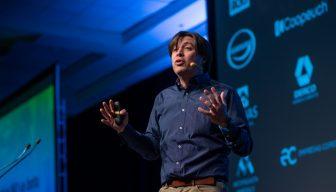 """Michel Compagnon: """"La economía circular con plástico no es un proyecto, es una causa y, además, un buen negocio"""""""