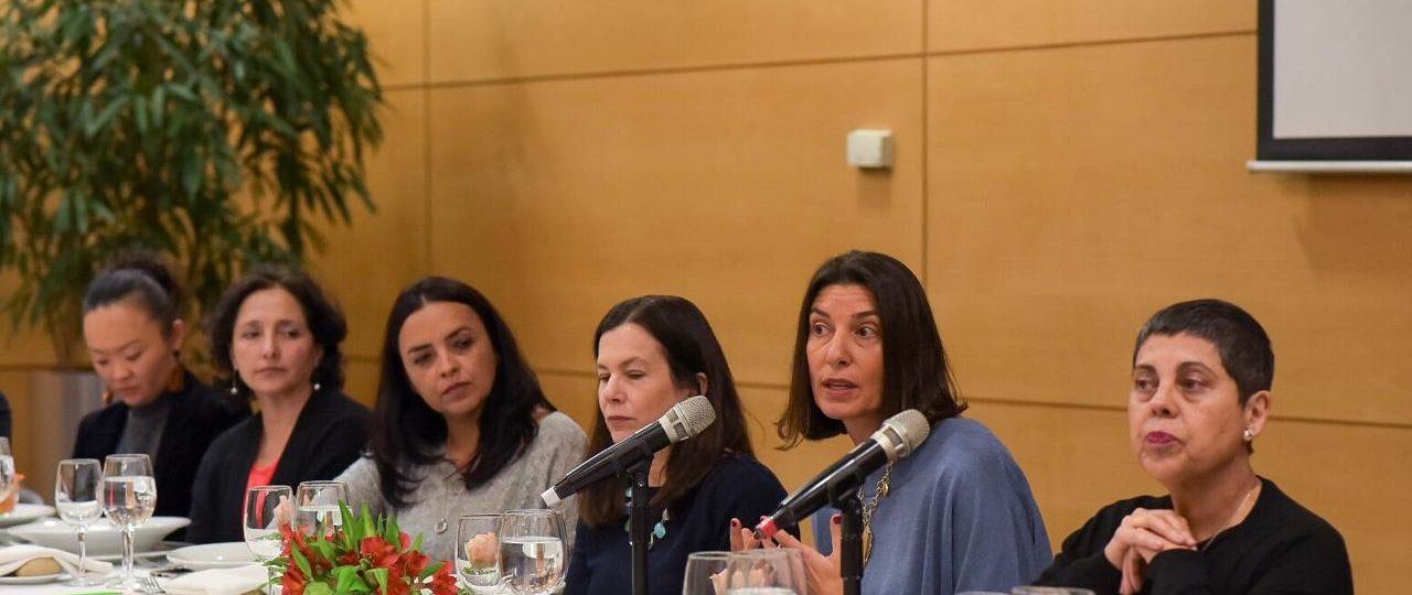 Sesgos, diversidad y brechas generacionales: los puntos principales abordados durante el Primer Almuerzo Promociona Chile