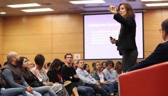 """""""Search Inside Yourself"""": el exitoso programa de inteligencia emocional desarrollado en Google que por primera vez se realizó en Chile"""