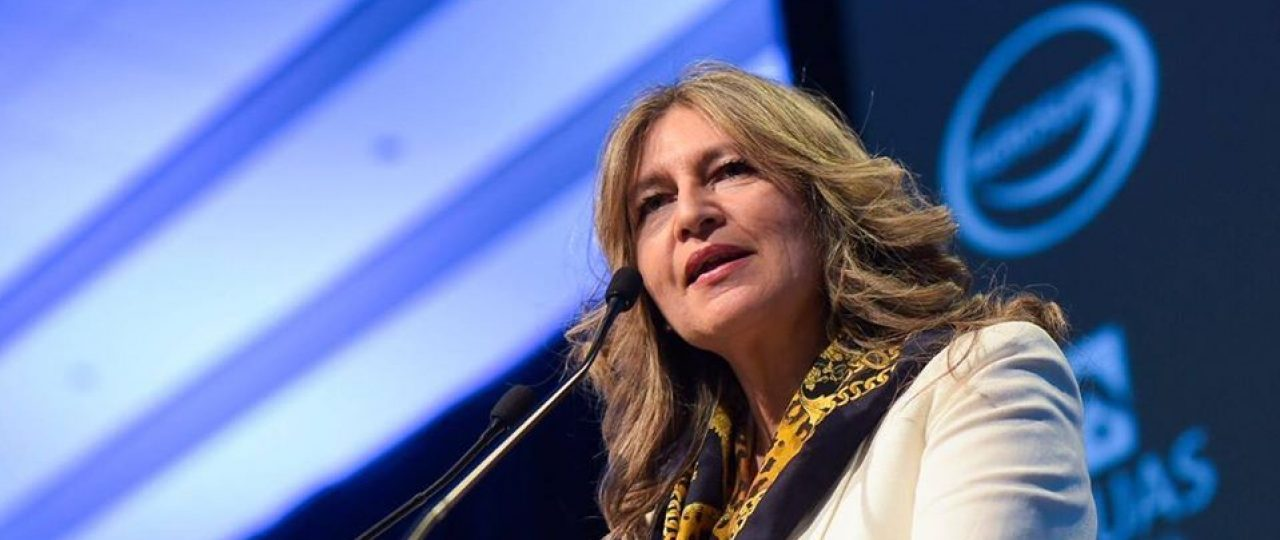 Los adultos mayores en Chile prácticamente no tienen alfabetización digital: Jacqueline Sepúlveda expuso las consecuencias para la salud de no poseer estas habilidades