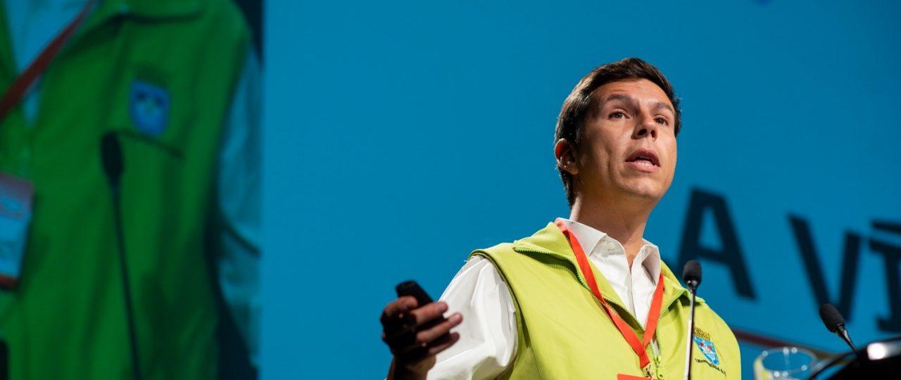 """""""El 86% de nuestros vecinos teme que esta movilización acabe y nada cambie en sus vidas"""": mira la presentación de Claudio Castro, alcalde de Renca, en ENADE 2020"""
