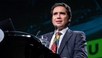 """Ministro Briones en ICARE: """"Si hacemos las cosas bien, creo que estamos en esa dirección, deberíamos tener la capacidad de levantarnos firmes en 2021"""""""