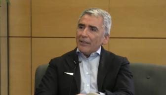 """Carlos Peña en el Ciclo """"En Persona"""" de ICARE: """"La única vida política digna de ser vivida es una vida democrática"""""""