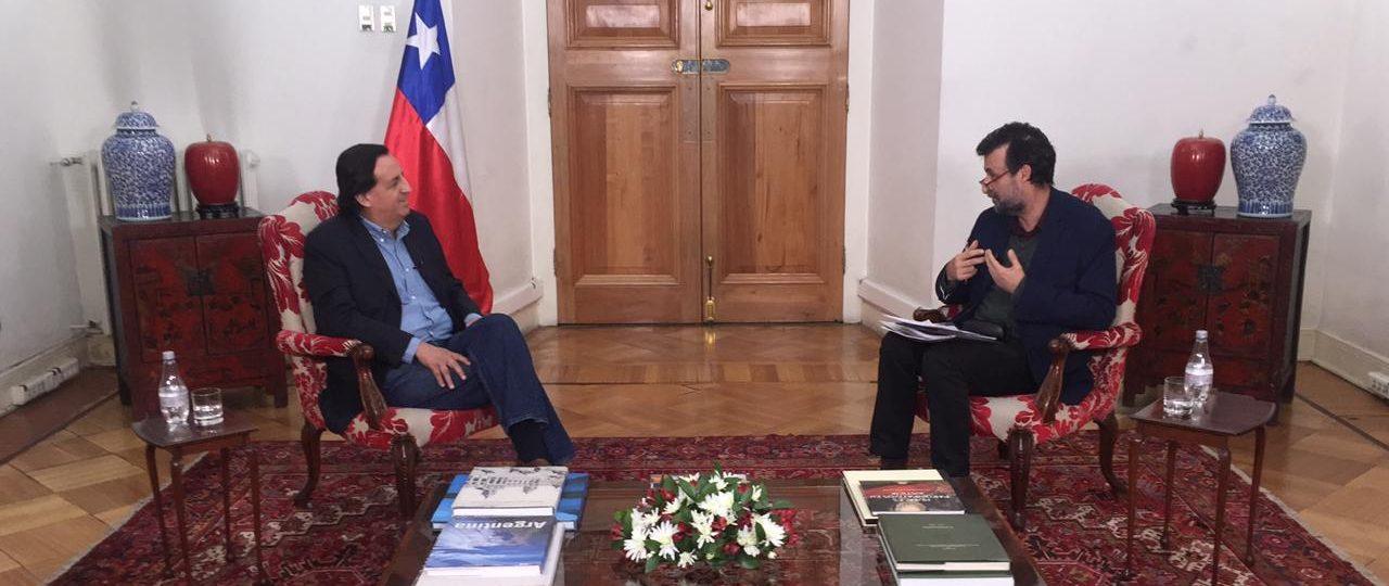 Revive En Persona · Cristián Warnken junto al Ministro del Interior, Víctor Pérez