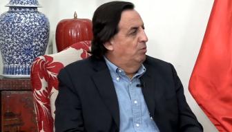 """Ministro Víctor Pérez en el Ciclo """"En Persona"""" de ICARE: """"Uno tiene que hacer todos los esfuerzos posibles por unir y creo que una de las tareas más profundas que debe hacer una persona política es evitar la división de los chilenos"""""""