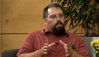 """Pablo Ortúzar en el Ciclo """"En Persona"""" de ICARE: """"Tenemos una estructura institucional que está totalmente disociada de la estructura social"""""""